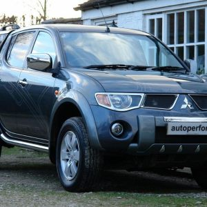 Mitsubishi L200 Animal - grey, low mileage